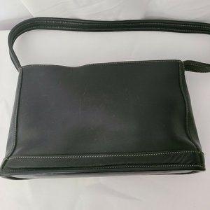👜  Vintage Coach Leather Bleeker Shoulder Bag